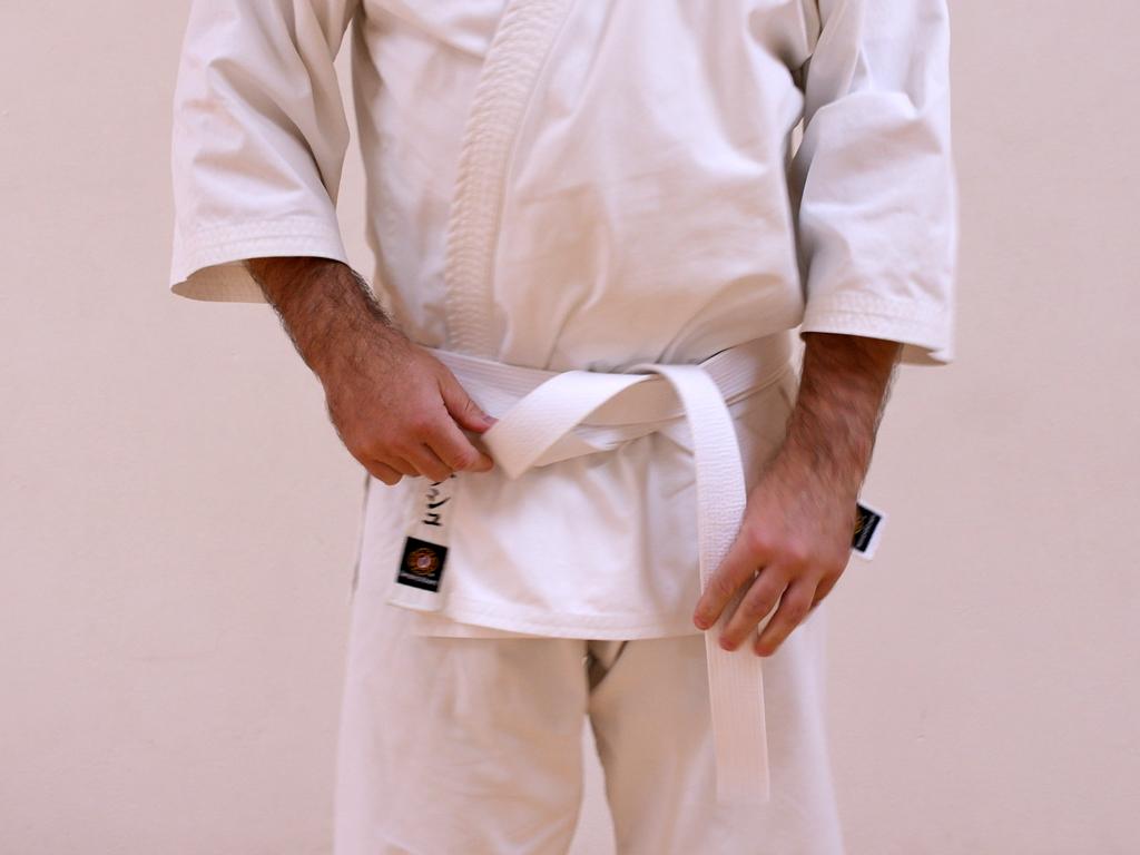 taekwondo bälten knyta