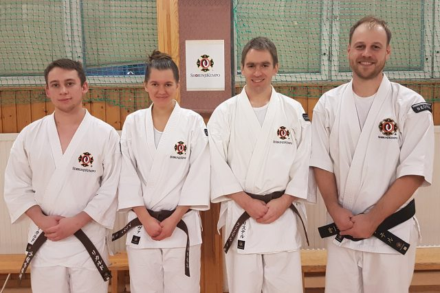 From left; Rickard, Alva, Christer och Peter after they had passed their grading.
