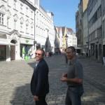 Carugatti-sensei och Max Rossi, sightseeing i Augsburg