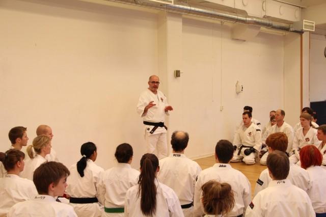 Boban-sensei teaching about gōhō and how to apply gōhō hōkei