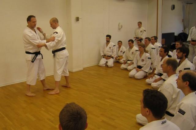 Leif-sensei teaching about different types of ashi barai