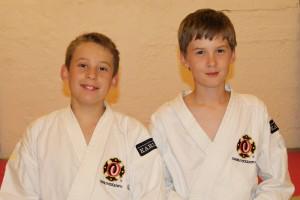Rickard och Hannes - gradering till 6 kyū - september 2012